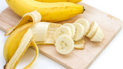 12 Powerful Health Benefits of Bananas