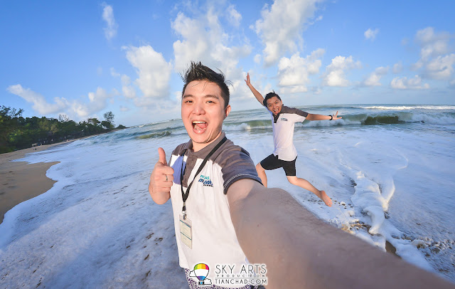 Well, we did had a lot of fun at the beach with little time left before sunset - Tanjong Jara Resort