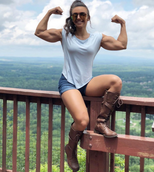 Amy Fadhli American fitness model, Biography