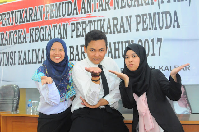 KALBAR REPRESENTATIVES :  From left to right : Yeran (SSEAYP), Rahmat (IKEYP), Chory (IKYEP). Photo courtesy PCMI Kalimantan Barat