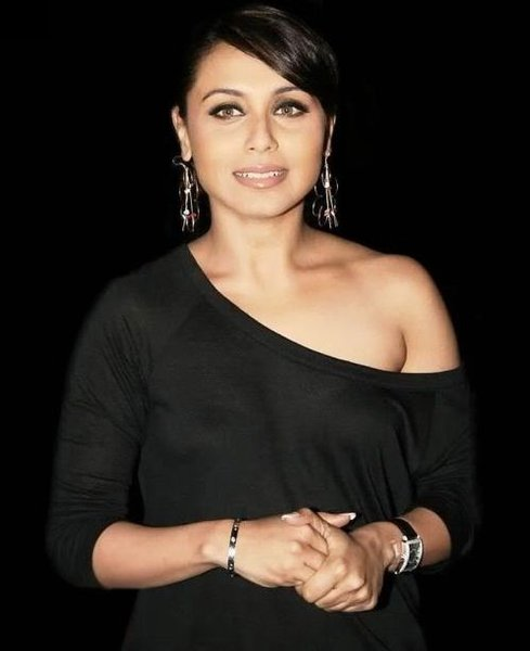 All Collection Wallpapers 2012 Rani Mukherjee Latest Hot-6278