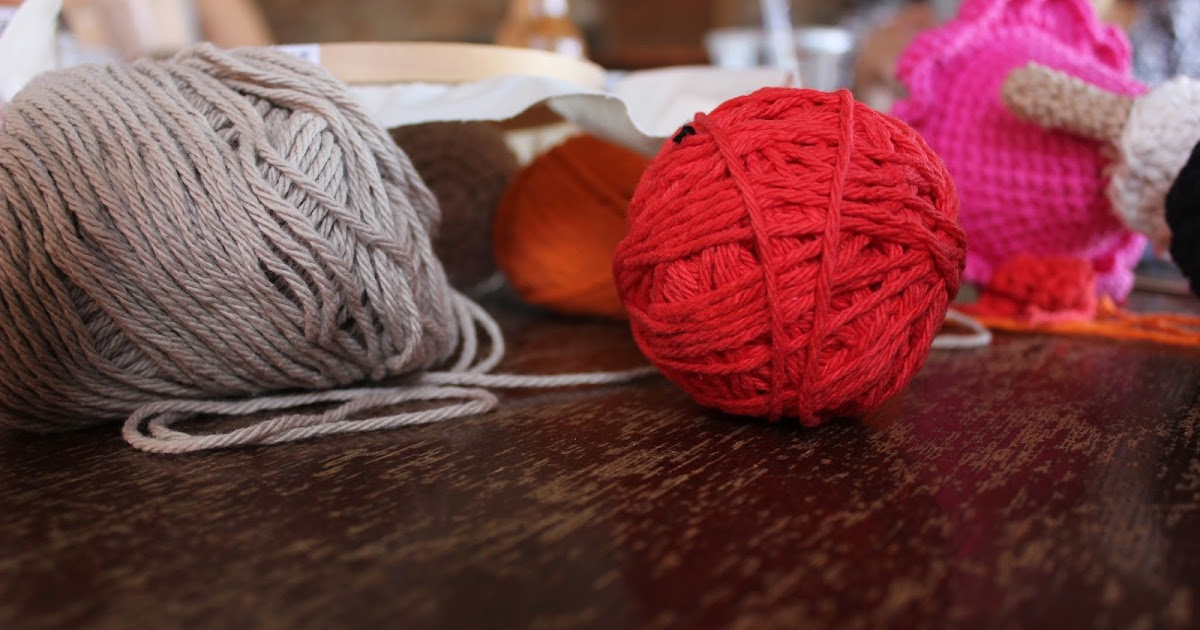 Group Of People Knitting : The no knitters knitting group