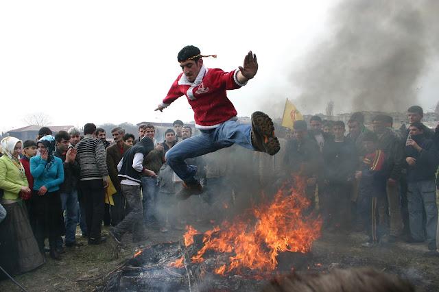 Nevruz gerçekten Türk bayramımıdır? Tarihi kökeni, toplumsal derinliği ve kültürel mefhumları ile Türklerin bahar bayramı.