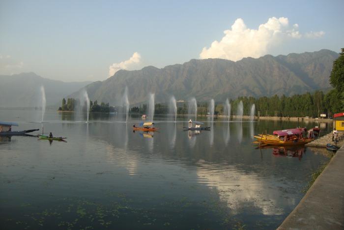 Lago Dal, Srinagal
