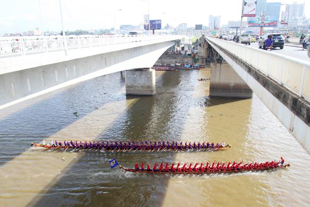Phnom Penh - Festival des Eaux