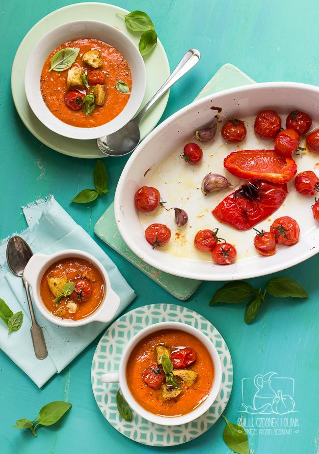 Prosta zupa z pieczonych pomidorków koktajlowych i papryki (bez bulionu!)