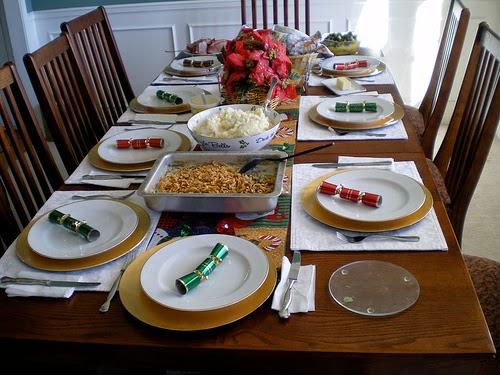 Tips para limpiar el hogar después de una cena.