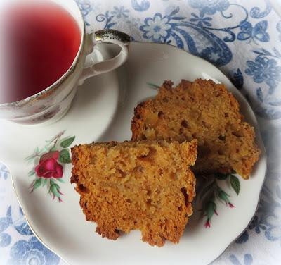 Apple & Ginger Cake