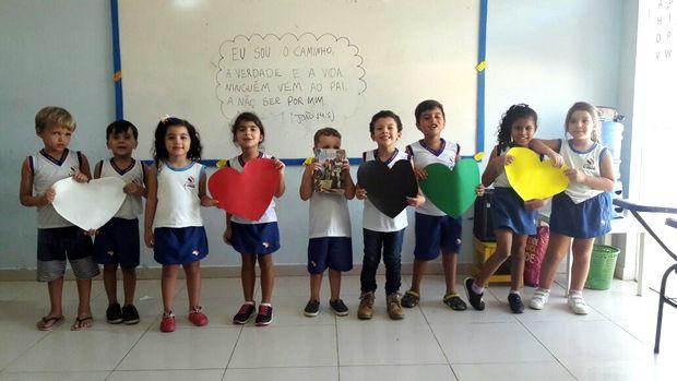 Alunos do Centro Educacional LUDOS vivenciam mais um projeto bíblico