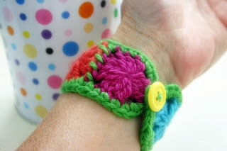 free, crochet pattern, felted button