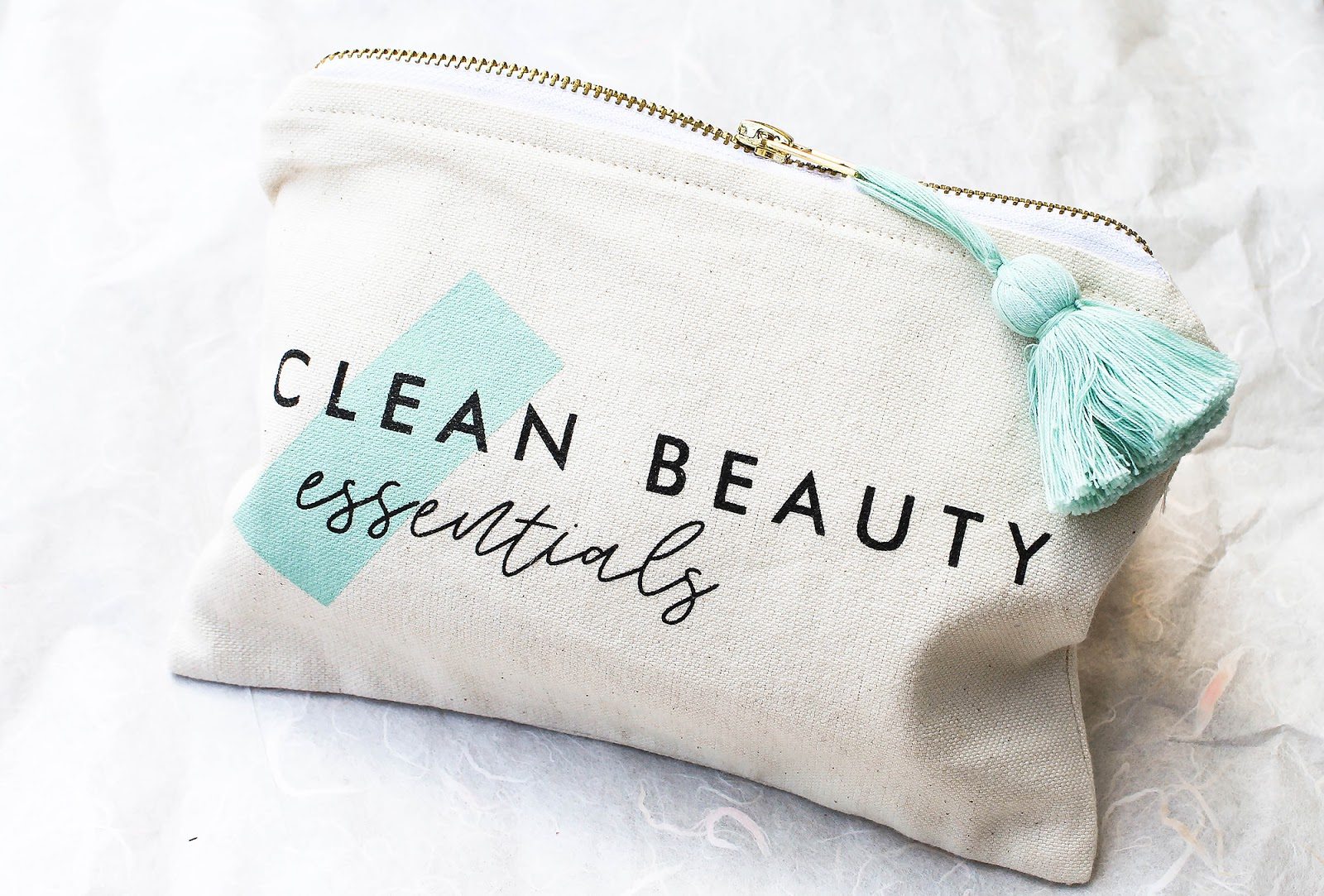 May Art of Organics Clean Beauty Box Clean Beauty Essentials. JET SET. Piece & Co Organic Cotton Travel Pouch.