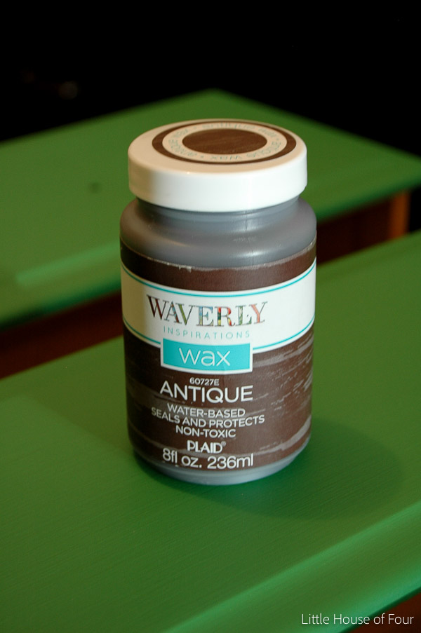 Dark antique wax