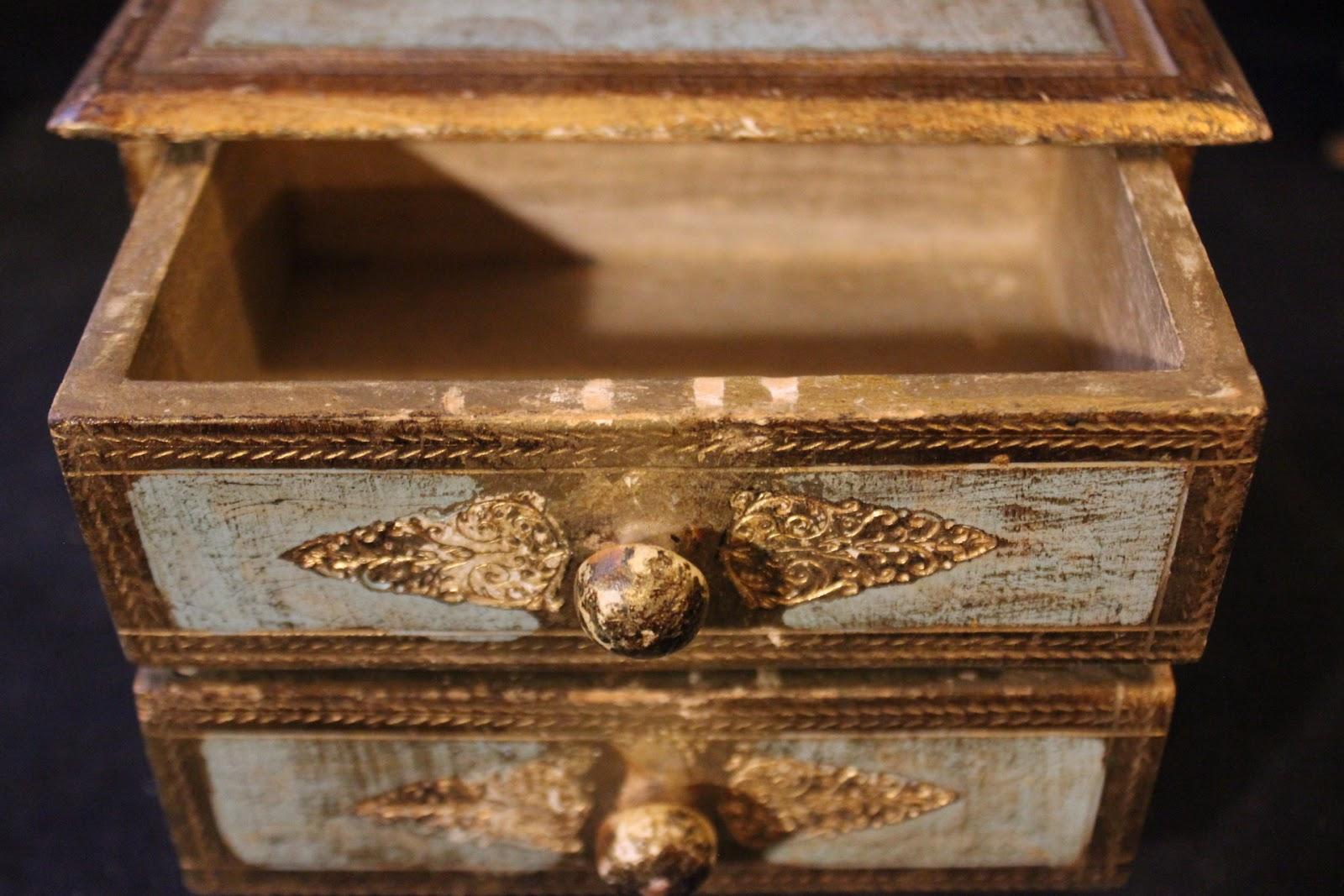 Dipingere Portagioie Di Legno : Cofanetto portagioie a due cassetti in legno massello policromo a