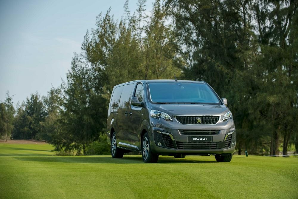 Peugeot Traveller Premium