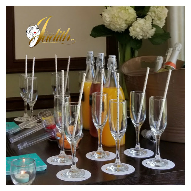 event planning, eventsojudith, brunch, mimosa table, flowers