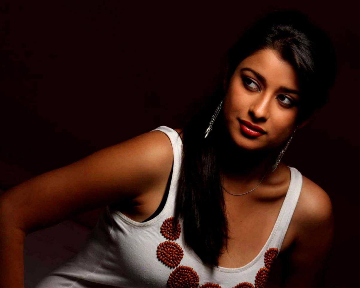 Hot Indian Girl Hd Desktop Wallpaper Wallpapers Ultra