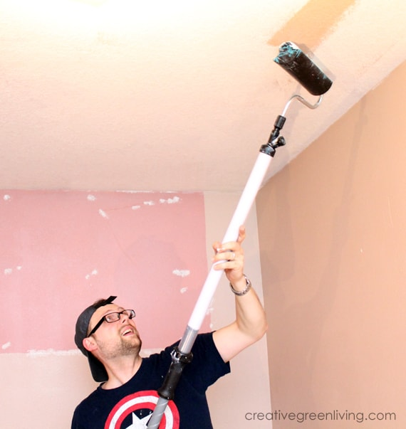 How to paint a ceiling fast - best tips for painting a ceiling quickly and easily