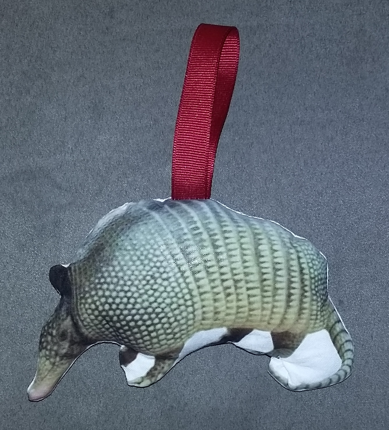 Crafter without a Cat: Armadillo Ornament