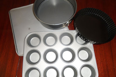 Top 10 essential baking tools for bakers - cake tins and trays