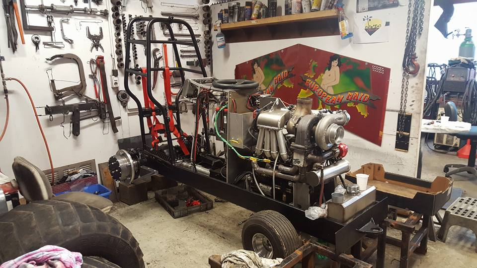 Tractor Pulling Engines : Tractor pulling news pullingworld first compact