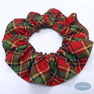 Christmas Peace Holiday Plaid Pet Scrunchie Ruffle