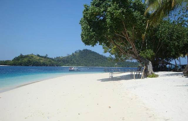 Destinasi Wisata Pantai Carita