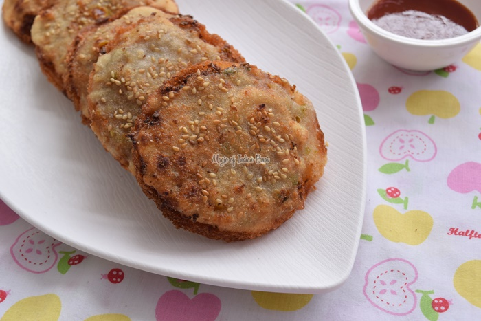 Chinese-Vegetable-Bread-Coins-Gold-Coin-Recipe-Magic-of-Indian-Rasoi-Priya R