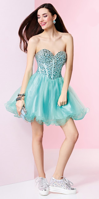 vestidos con corset cortos para fiesta
