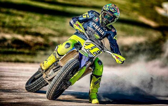 Valentino Rossi Kecelakaan Saat Latihan Motorcross