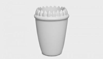 vote de basura con dientes