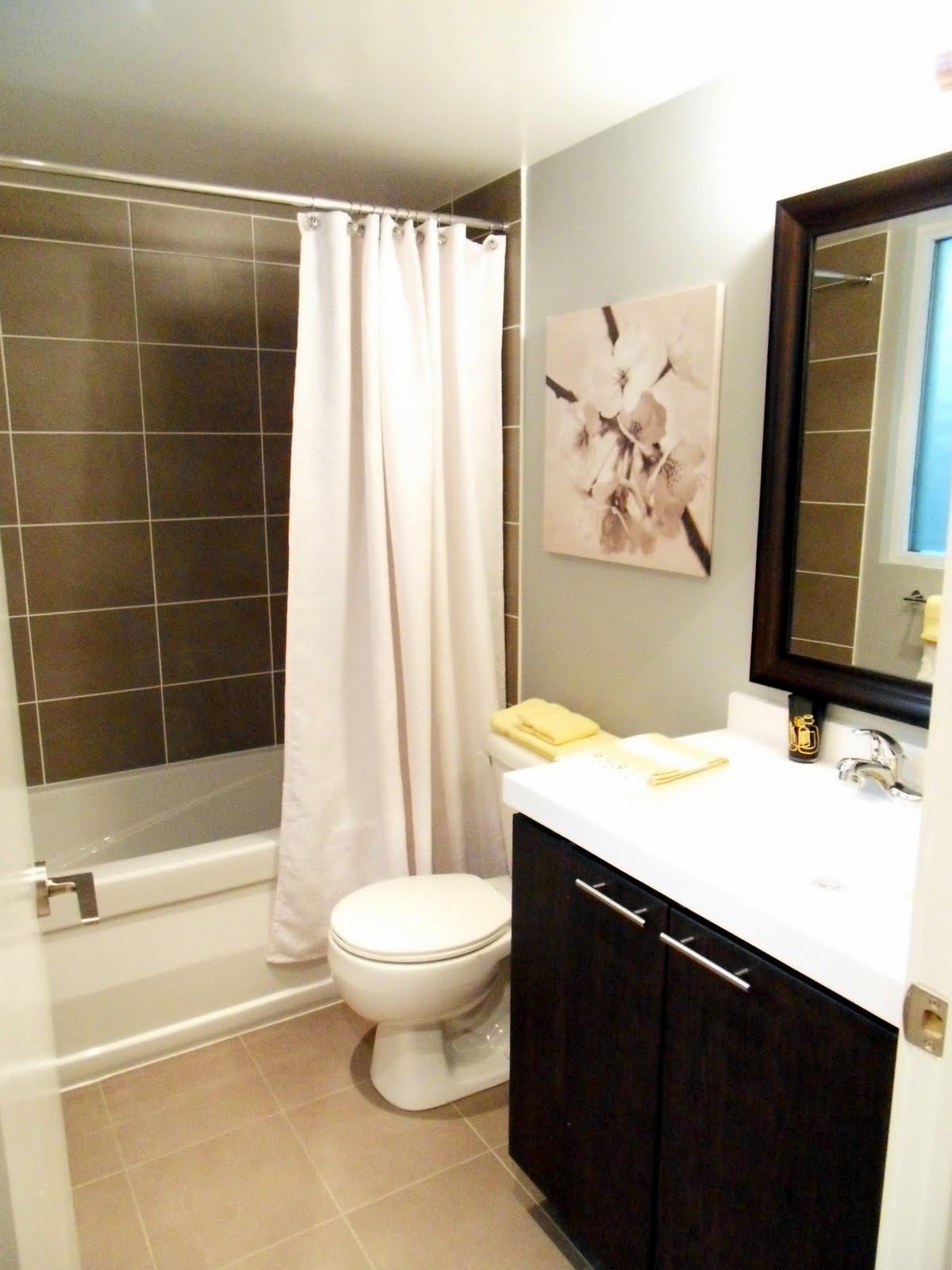 Not a house but a home condo shopping with michelle for Small but beautiful bathrooms