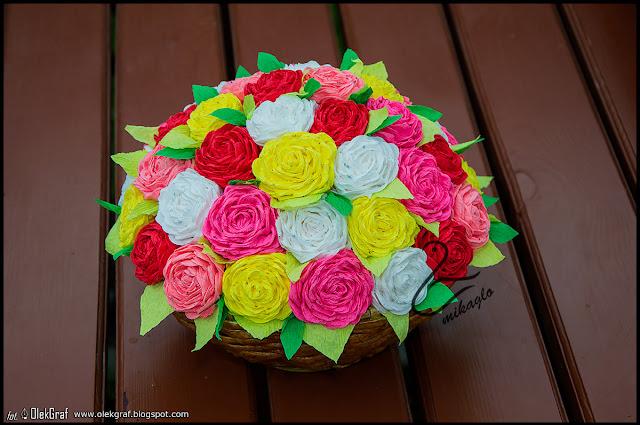 431. Koszyczek róż na Dzień Mamy / Handmade basket full of roses