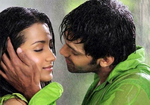 Cinemesh Trisha Hot Kiss Photos  Trisha Krishnan Lip