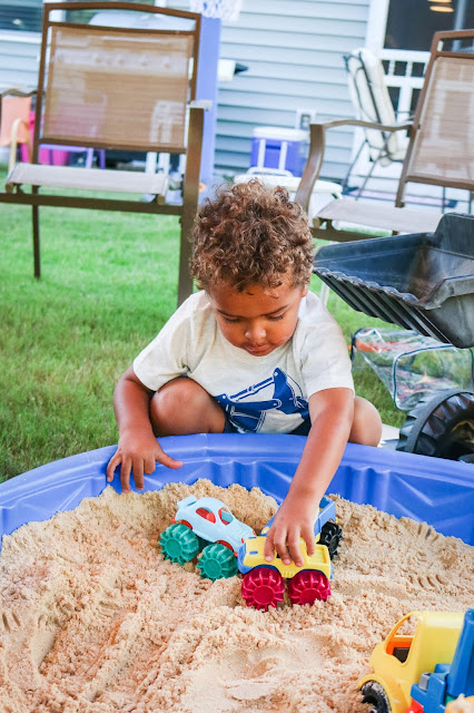 construction party activities using a sand box