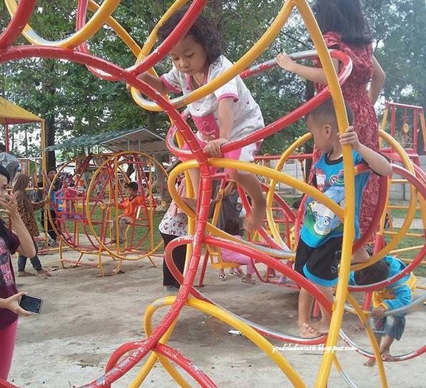Taman Pantai Berkas, Wisata Unik Dan Menarik Di Bengkulu