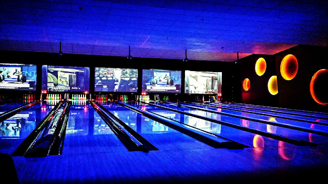 Bowling at Bowlmor Joanna Joy A Stylish Love Story Blog California Fashion Lifestyle Blogger
