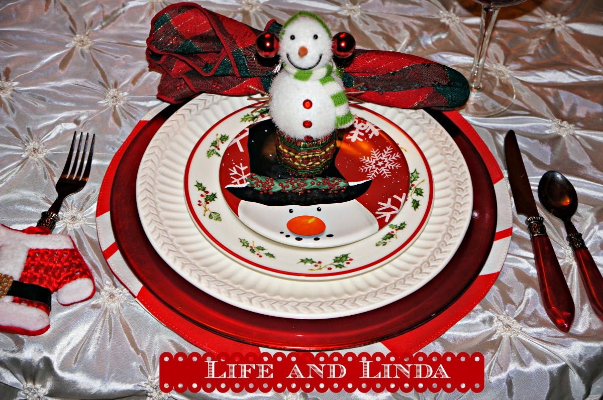 Frosty The Snowman Tablescape | Life and Linda