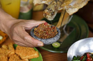 5 Rumah Makan Sunda Favorit di Kota Bandung