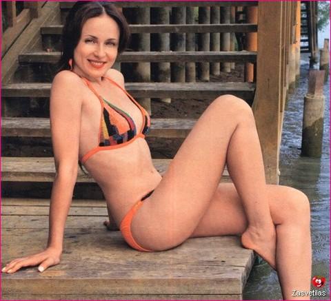 Анна Снаткина в купальнике