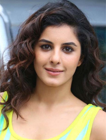 Isha Talwar , Biography, Profile, Biodata, Family, Husband, Son, Daughter, Father, Mother, Children, Marriage Photos.