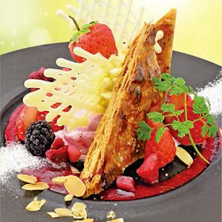 苺とパイのプレートパフェ(2018春)