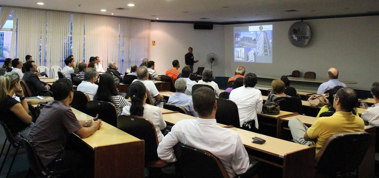 Palestra sobre riscos em prédios de alvenaria estrutural - Assosindicos DF