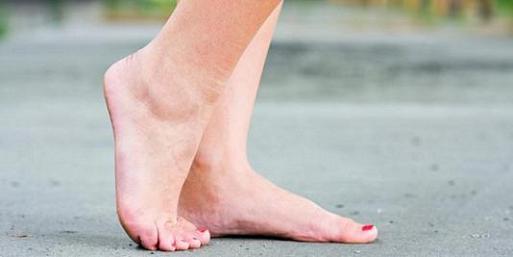 Bau kaki tidak hanya mengusik ketentraman diri sendiri Cara Usir Bau Kaki