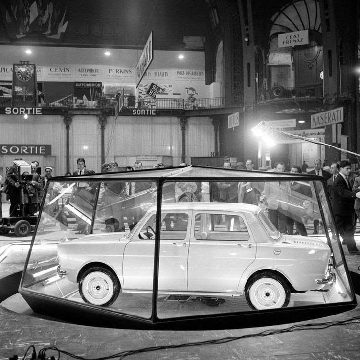 Avengers in time 1961 cars simca 1000 for Salon automobile paris