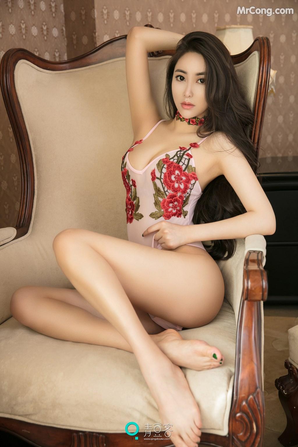 Image QingDouKe-2017-08-03-Mu-Fei-Fei-MrCong.com-011 in post QingDouKe 2017-08-03: Người mẫu Mu Fei Fei (穆菲菲) (53 ảnh)
