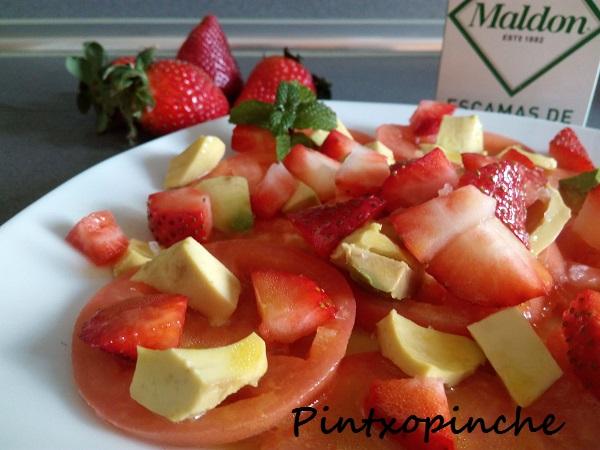 agave, ensalada, fresas, fruta, mostaza, tomate, sin gluten