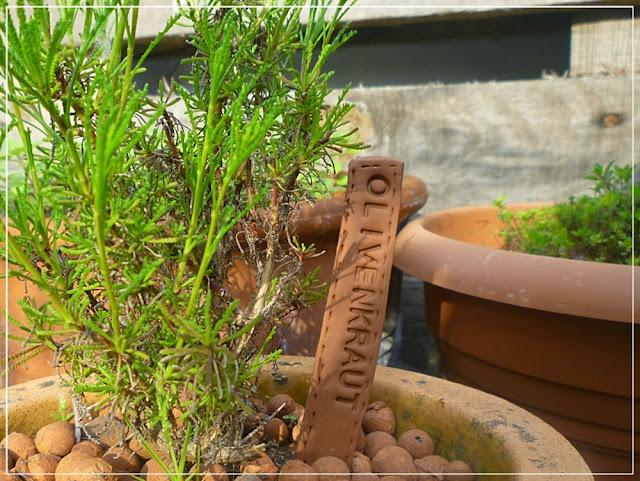Kräutertopf mit Namensstecker aus Fimo