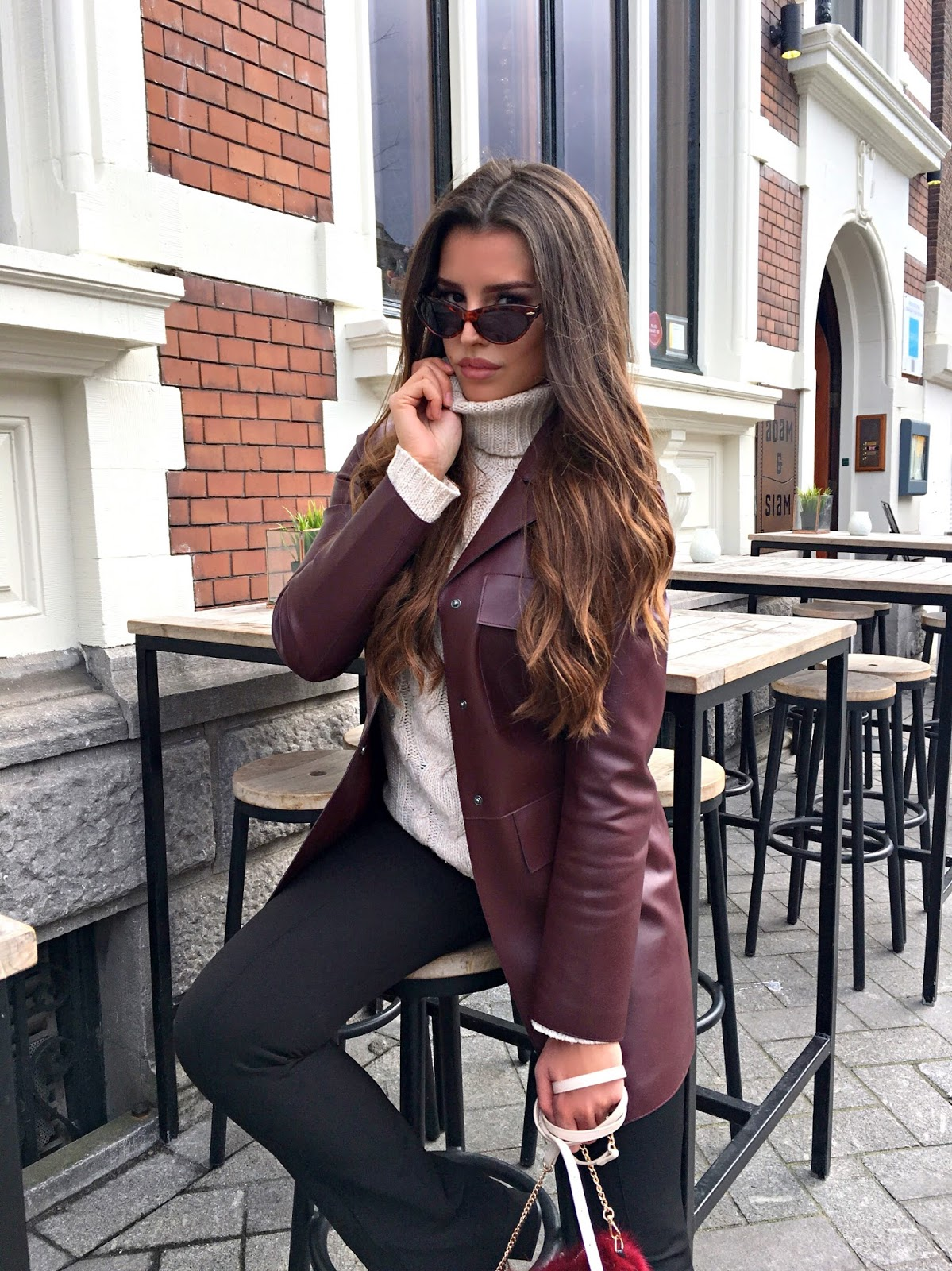 BURGUNDY PRE-SPRING OUTFIT