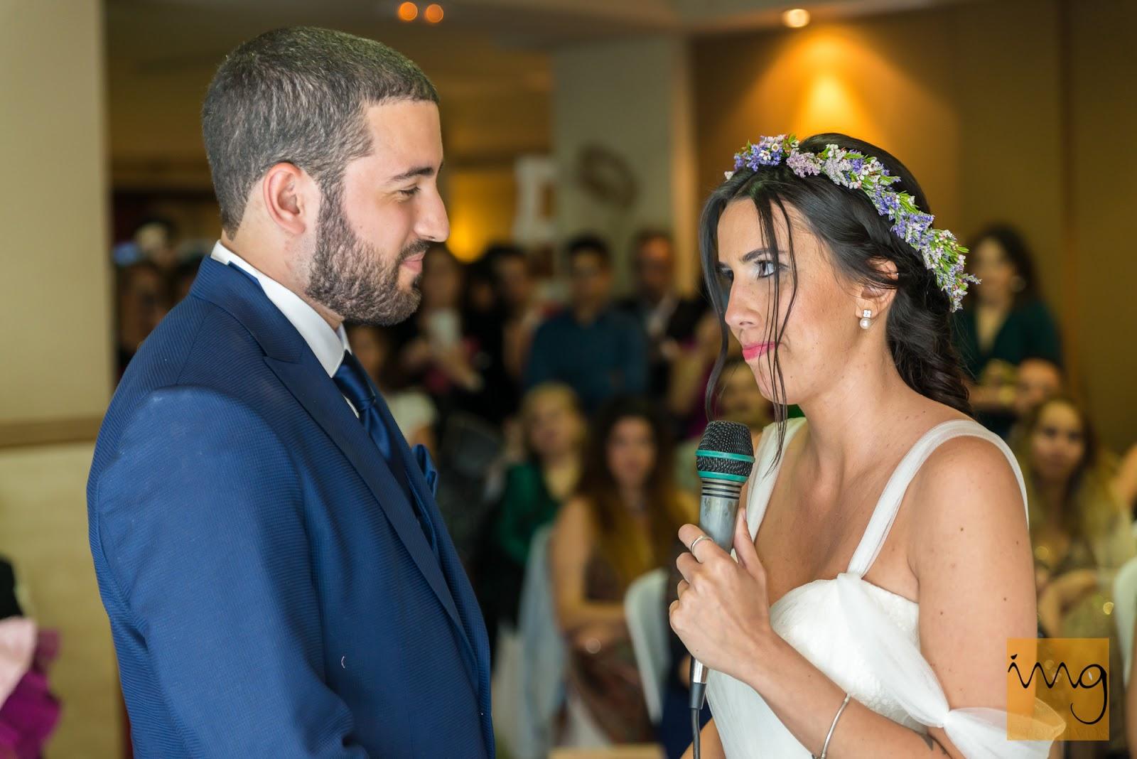 Fotografía de boda en la ceremonia civil