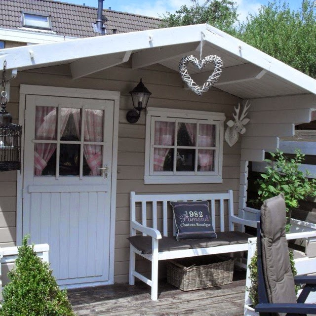 een warm mandje project tuinhuis. Black Bedroom Furniture Sets. Home Design Ideas